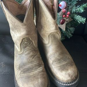 Used tack work boots